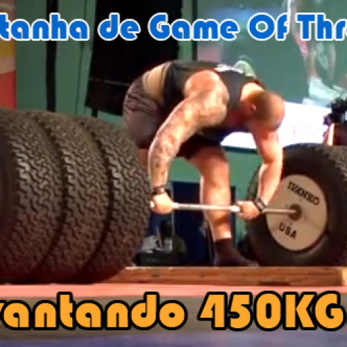 Hafthor Julius Montanha de Game of Thrones levantando 450kg