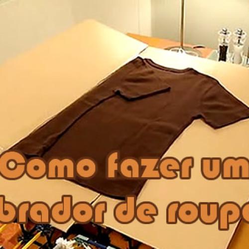Com um papelão aprenda a dobrar quase todas suas roupas