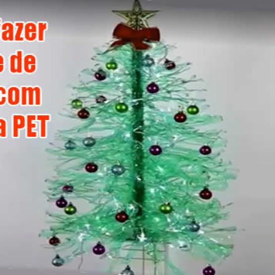 Como fazer uma árvore de natal com garrafas PET