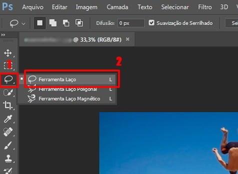 remover objeto pessoa imagem photoshop laco