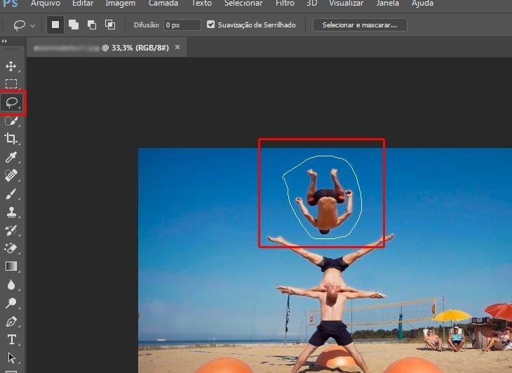 usando ferramenta laco photoshop retirar objeto